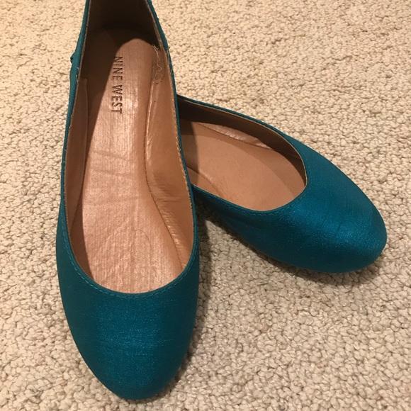 Nine West Womens Giovedi Suede Ballet Flat Pick SZ//Color.